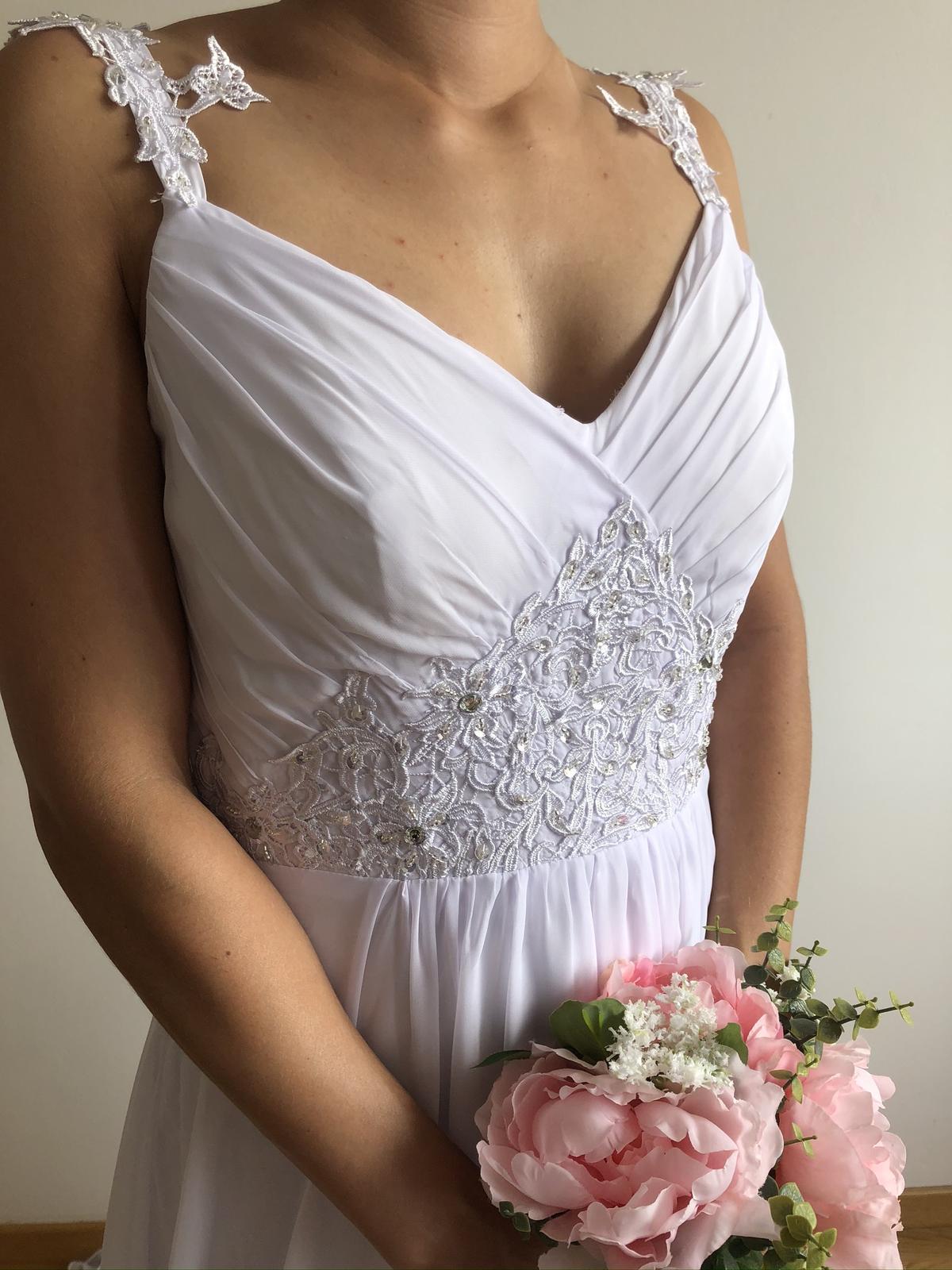 Splývavé svatební šaty, vel 40-42 - Obrázek č. 3