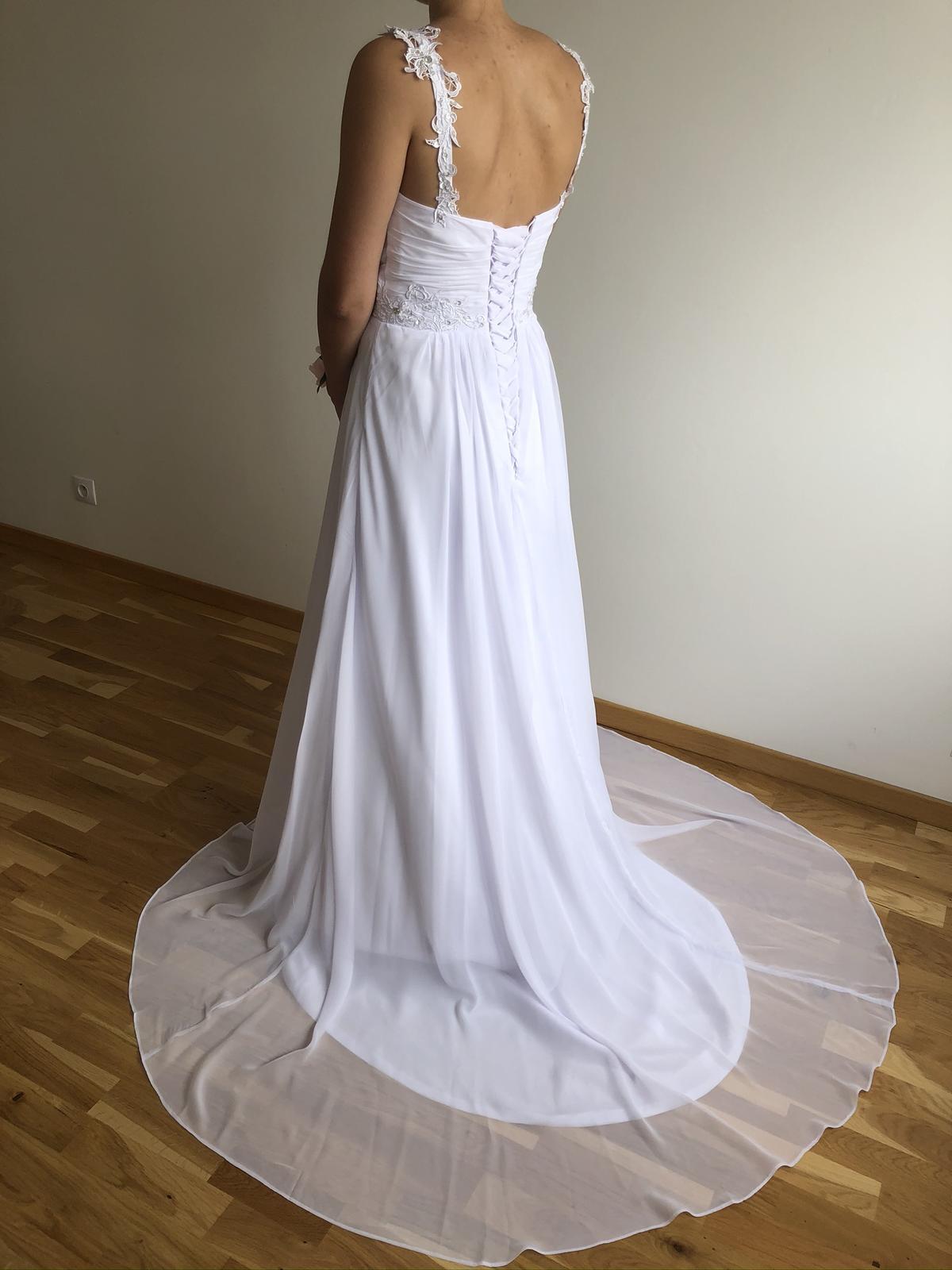 Splývavé svatební šaty, vel 40-42 - Obrázek č. 4