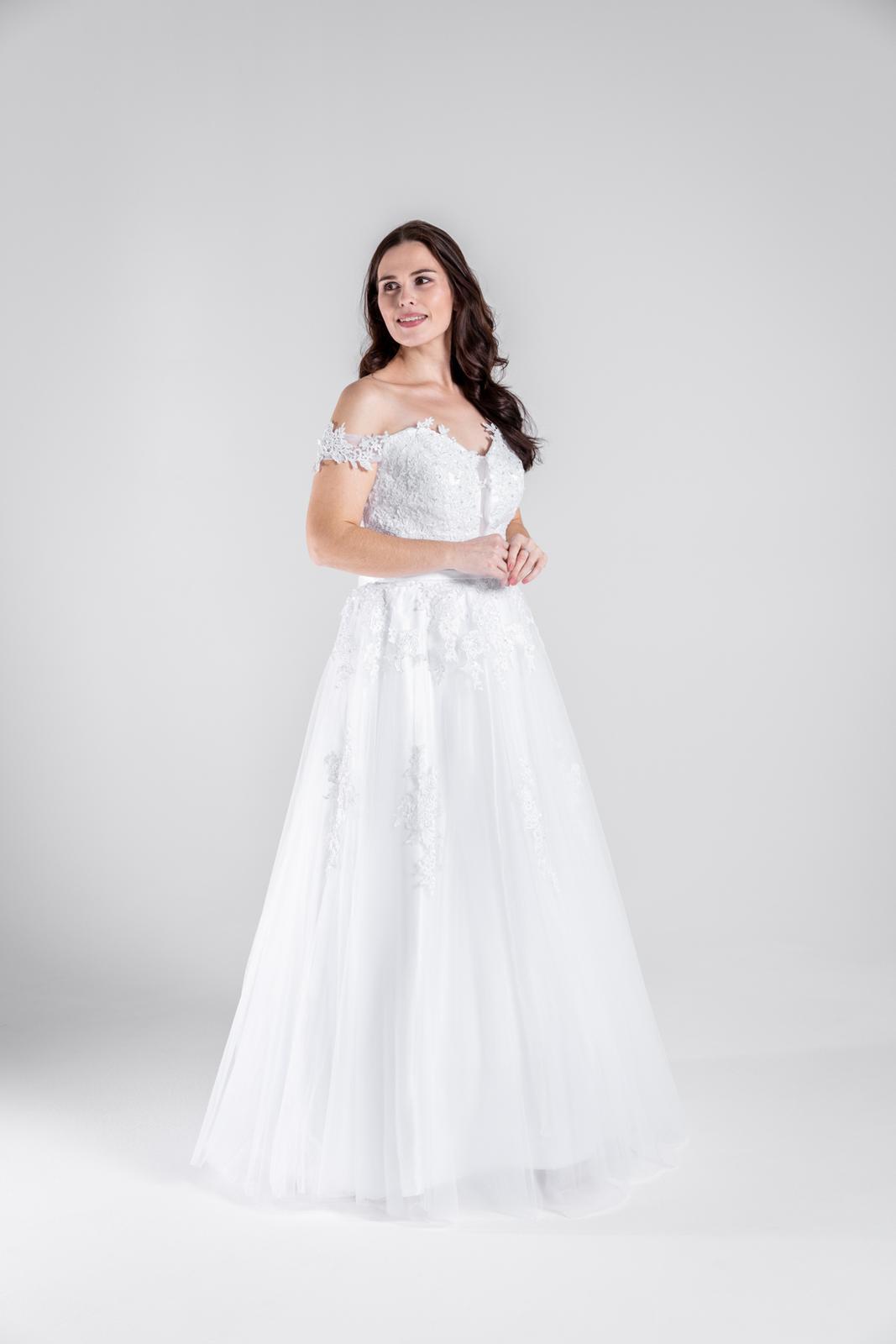 Svatební šaty - spadlá ramena,  42-46 - Obrázek č. 1