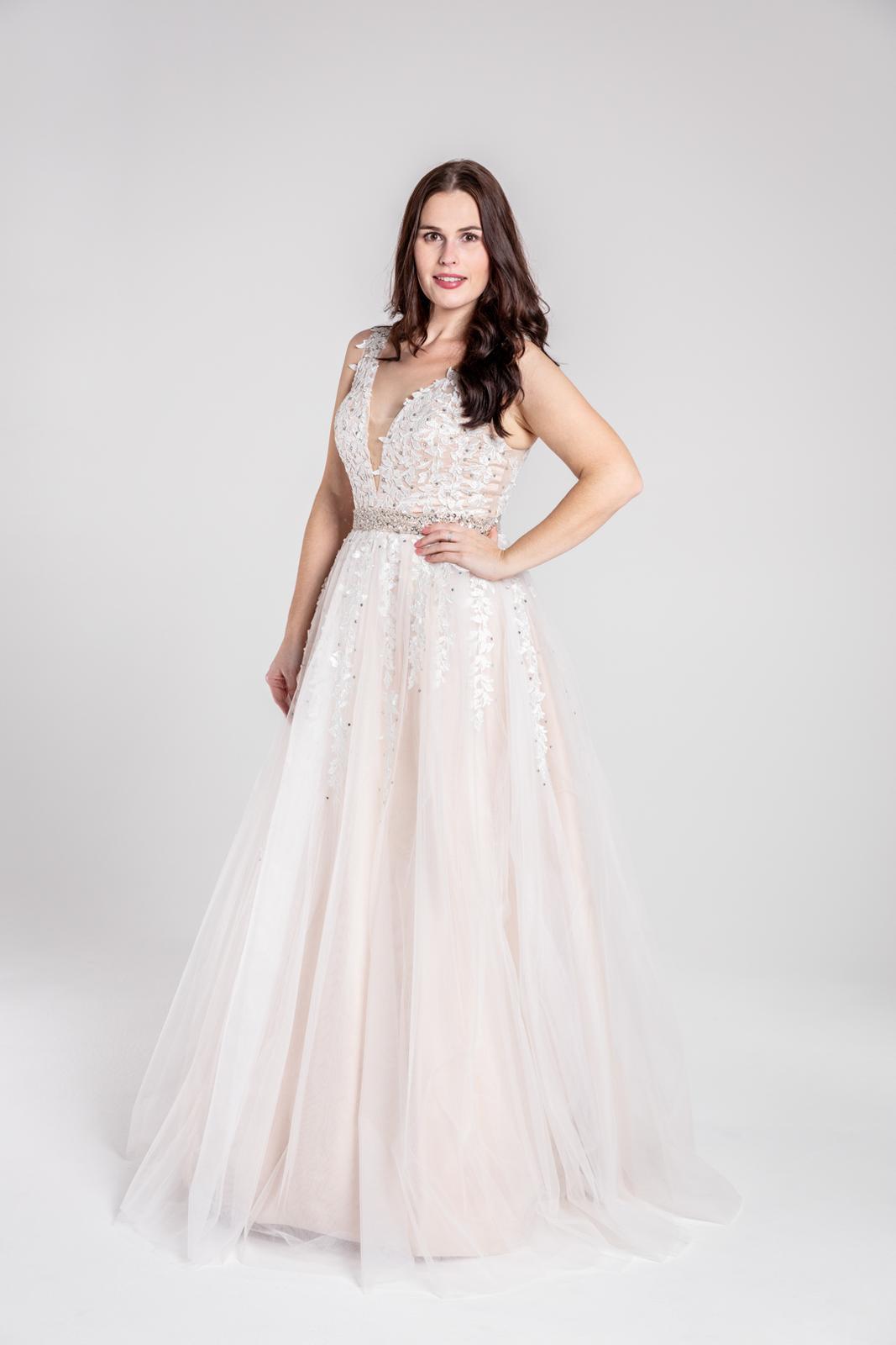 Svatební šaty v boho stylu 42-44 - Obrázek č. 2