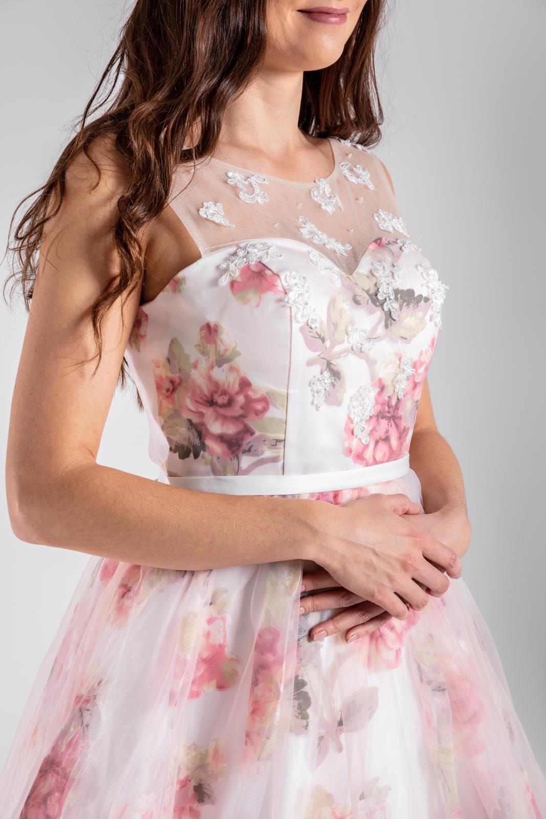 Svatební/Společenské šaty na šněrování, VEL 36-46 - Obrázek č. 1