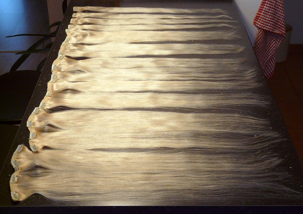 Clip in vlasy 10 ks, 120 g, 50 cm, platina #60 (světlá přírodní blond) - Obrázek č. 4