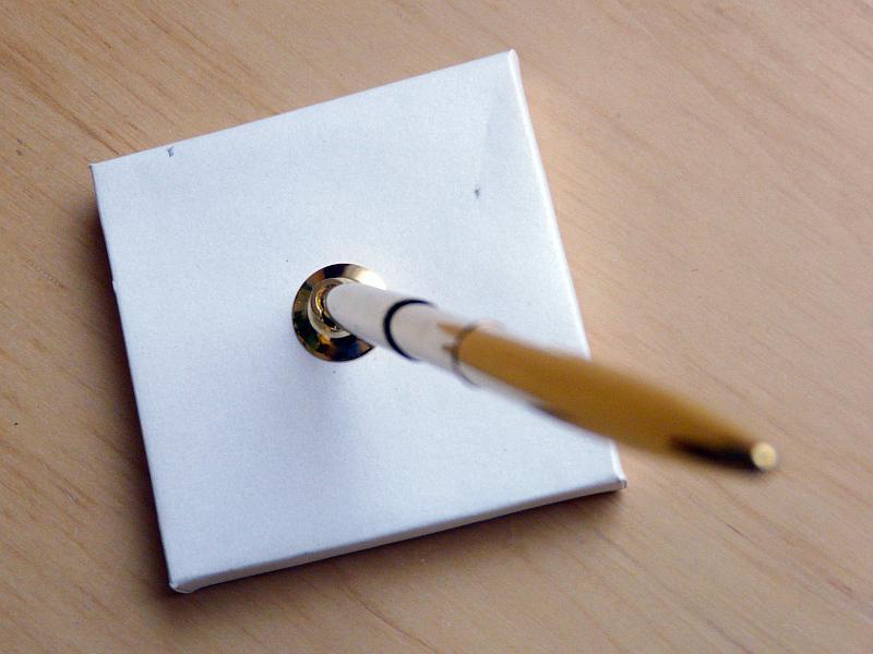 Zlaté pero na podpisy se stojánkem - Obrázek č. 4