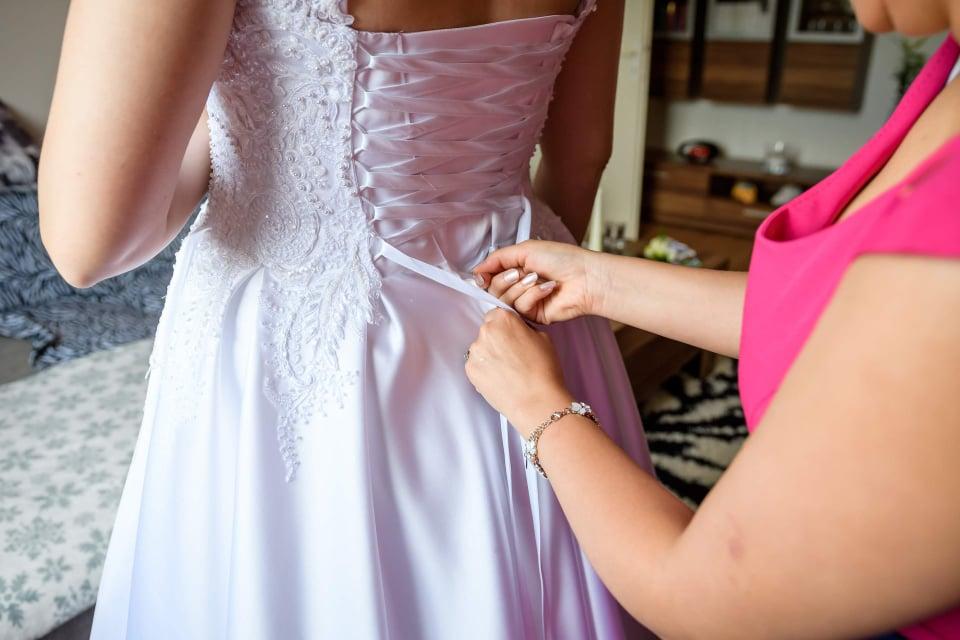 Svadobné šaty - biele - Obrázok č. 1