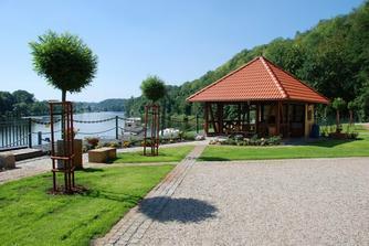 Marina outdoors-Nadherne, romanticke prostredi Marina Vltava