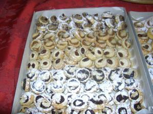 Kolacky male cukrarske/Traditional wedding cookies