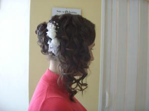 1. Zkouska ucesu - nelibi/Hair trial-awful