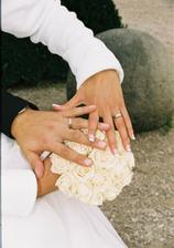 naše prstýnky z bílého zlata
