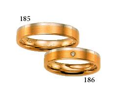 tak takové budou naše prstýnky,jen celé z bílého zlata