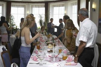 Kousek naší romantické růžové tabule - růžovou můžu, stejně jako ty drobné dekorace :-))