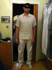 oblečený ženich - konečně!! :o))