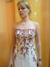šaty, divoké..