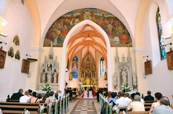 Náš krásny kostolík odfotený našou fotografkou