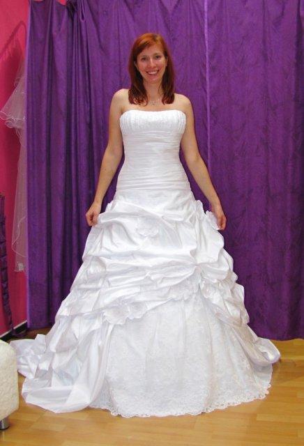 Už aby to bylo.. - Moje princeznovské šaty :)