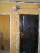 Založené nové bezpečnostné dvere