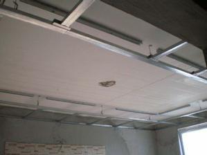 Znižujeme strop v obyvačke s podhľadom