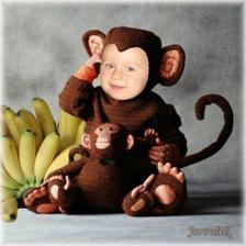 ...a proměnil se v opičku...