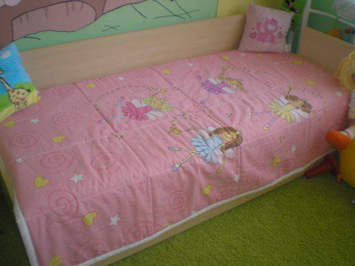 Tento prehoz na postel nam usila nasa kamaratka Marcelka:-)) dakujeme