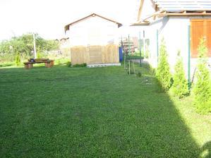 2012 - jar v záhrade :-)