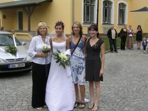 s Dášikem,Barčou a Ivetou ;o)