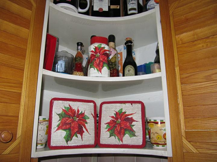 Vianoce 2010 - polička v kuchyni
