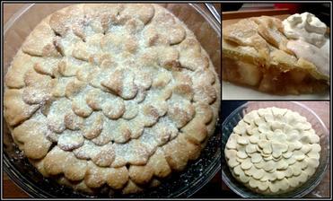 americký apple pie se skořicovou zakysanou smetanou a šlehačkou..