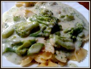 Smetanovo-sýrovo-brokolicová