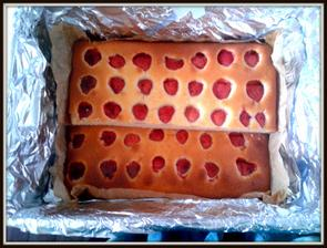 jedna z mooooha bublanin na oslavu švagrových 40.  byly jahodové, meruňkové, třešňové a švestkové.. :-)