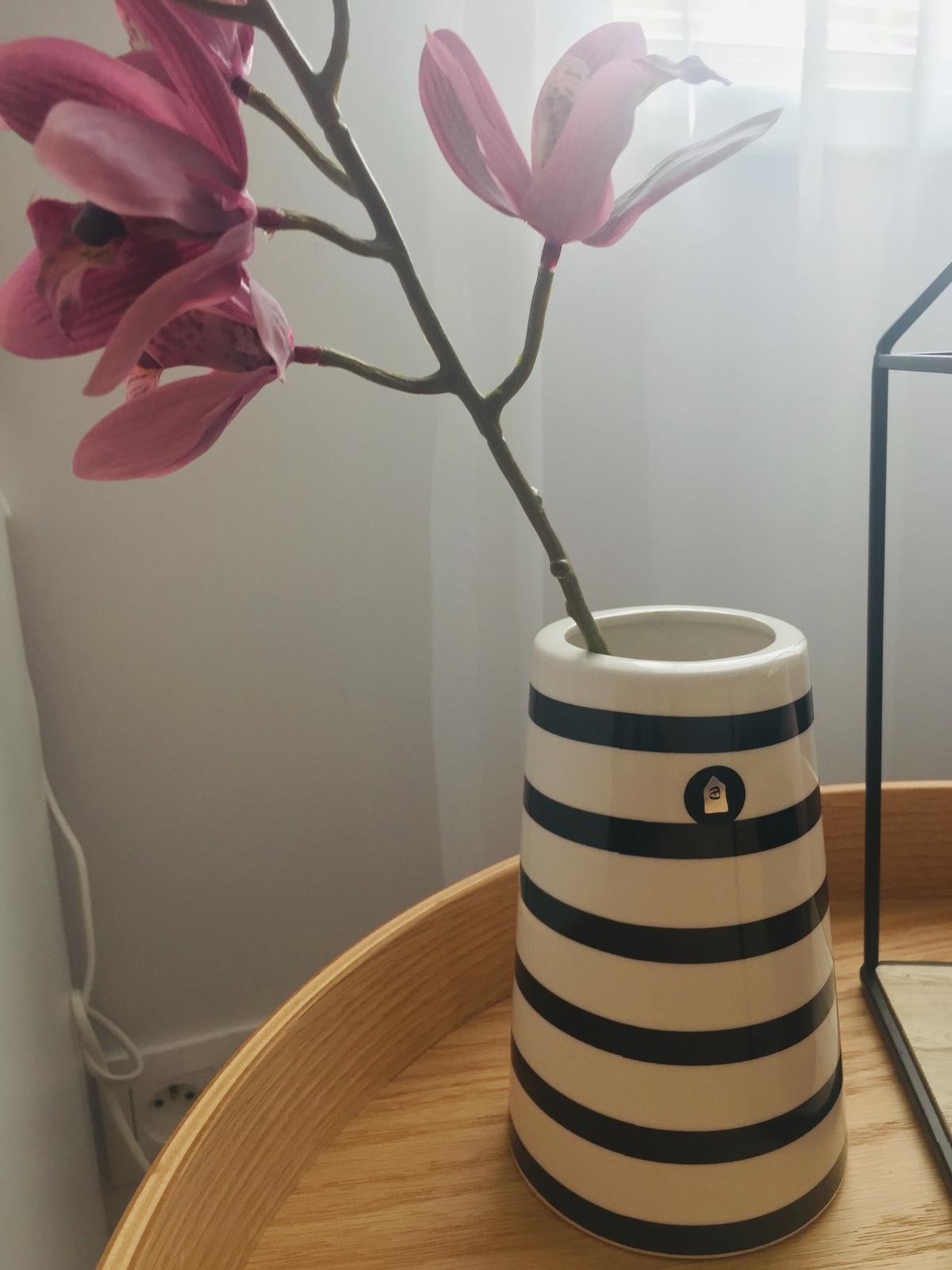 S Haus - Váza z dkt living