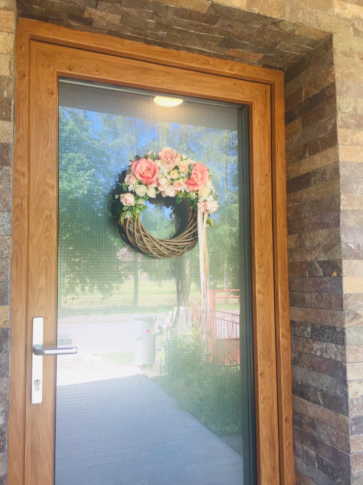 S Haus - Vchodové dvere