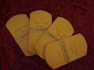 Ještě nesložené krabičky na svatební mandle:-)
