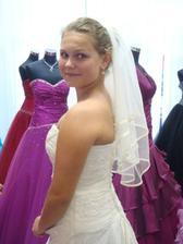Šaty 1- byly překrásné, ale nakonec to nedopadlo :-(