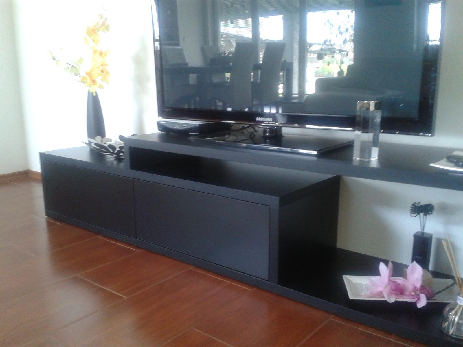 Domov sladký domov..... - nový stolík pod televizor