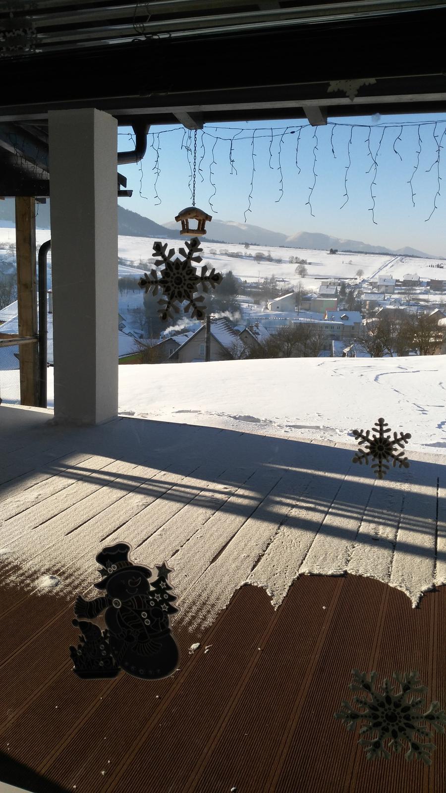 Domček na kopčeku - mrazive rano -25 brrrr