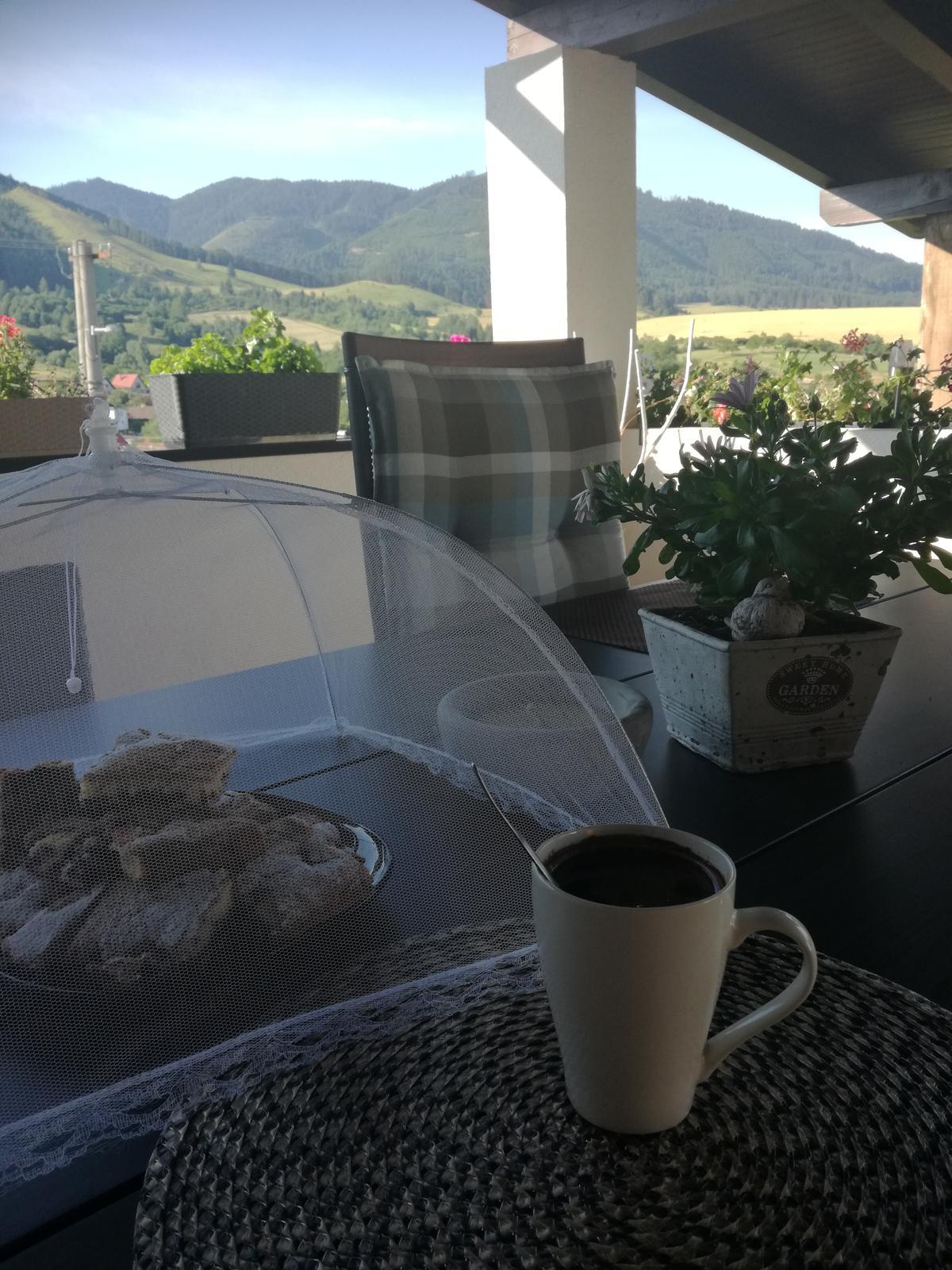 Domček na kopčeku - Ranná nedeľná kávička na nezaplatenie