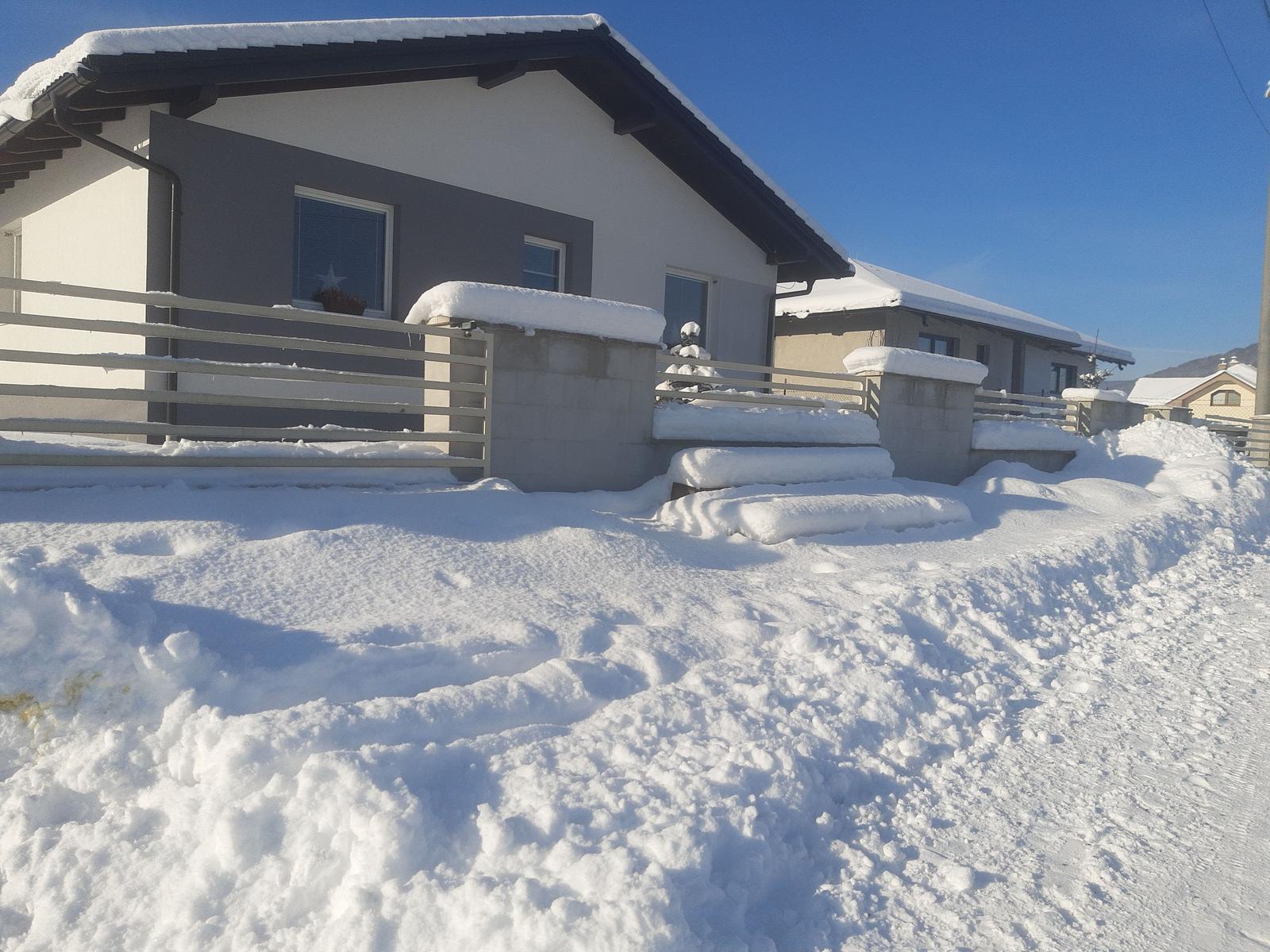 Domček na kopčeku - Veľká nádielka snehu