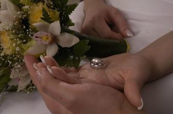 tak toto su nase prstienky a kyticka