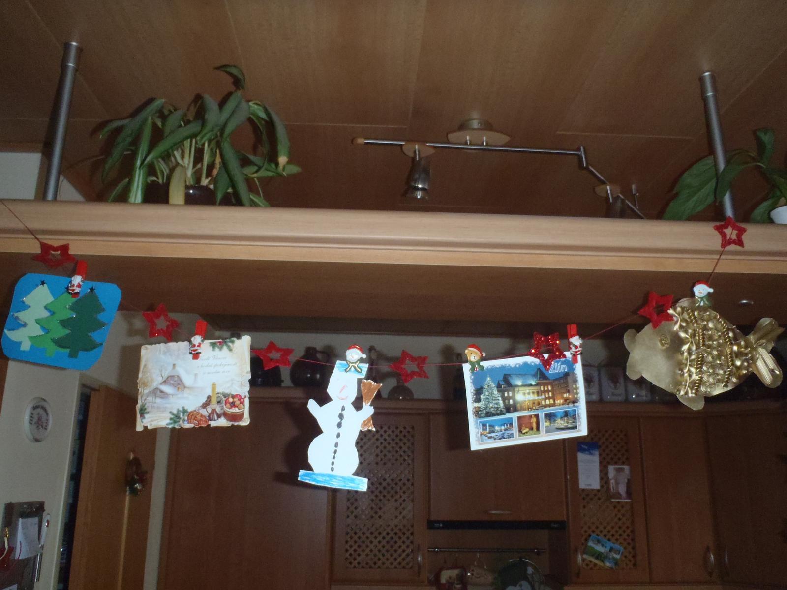 Vánoce 2012 - výstava pohledů a výtvory mých dětí (aby byly vidět)