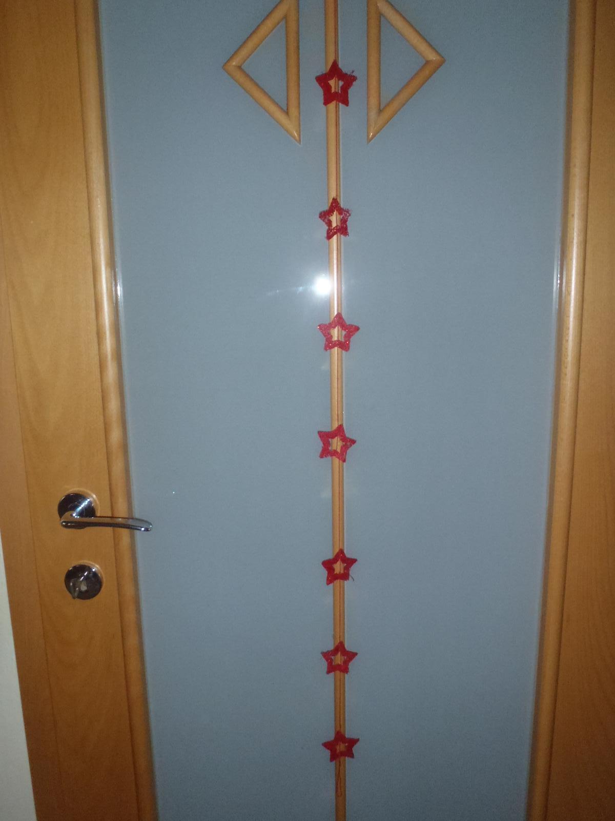 Vánoce 2012 - hvězdičky na dveřích