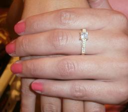 moj zásnubny prstienok