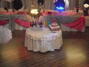 na redovi tanec stol
