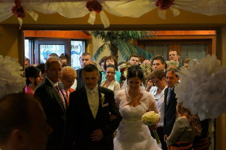 Janka {{_AND_}}Janík Pokrivňákovci - prichádzajú novomanželia