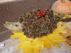 moj jesenny ježko stražca