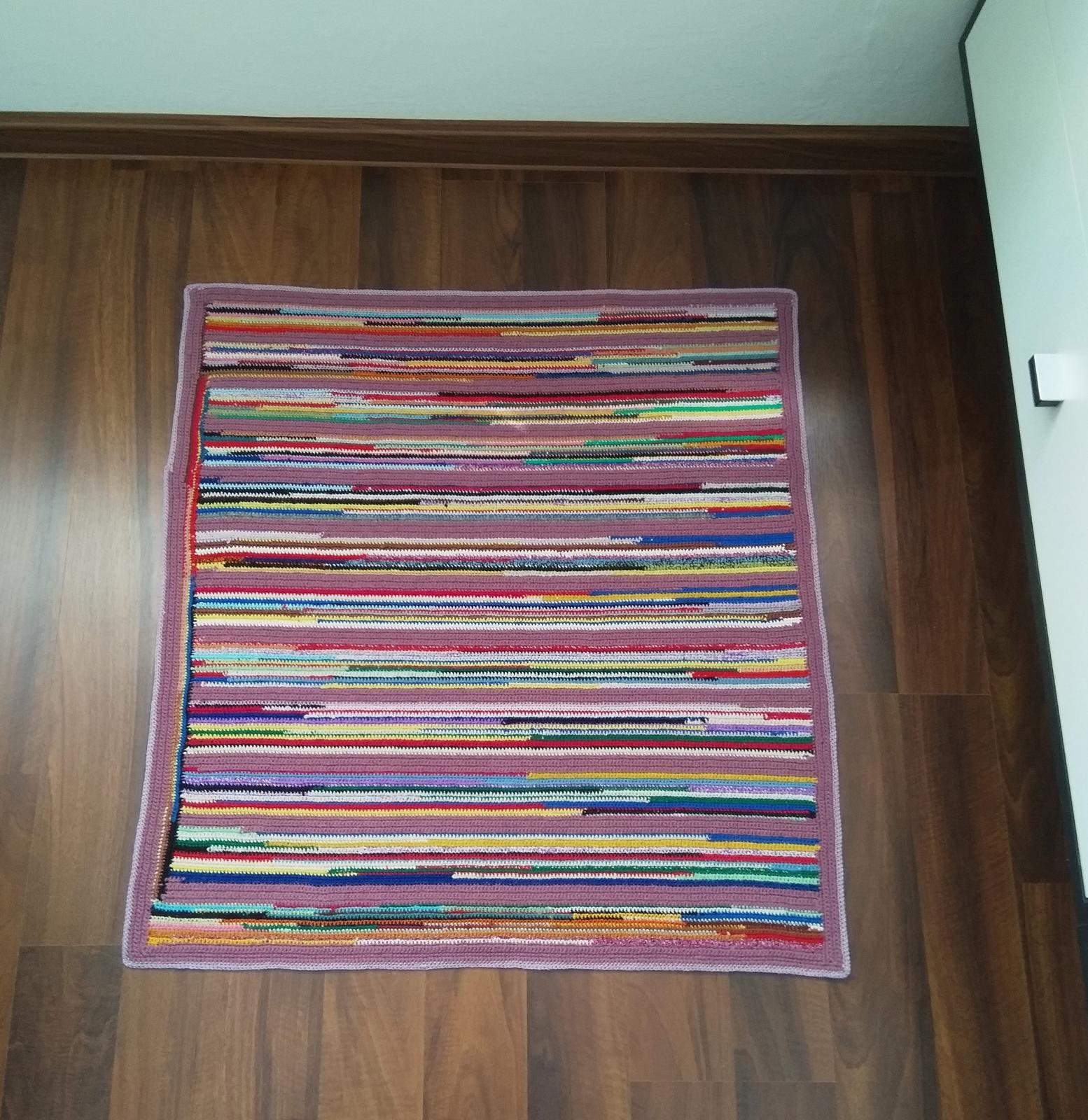 Háčkovaný koberec - Obrázok č. 2