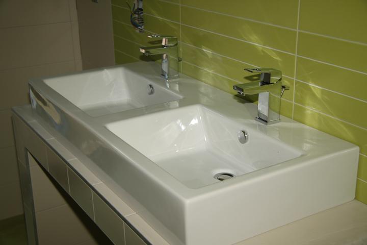 Dolní koupelna a wc - výbava, návrh, realita - Obrázek č. 25