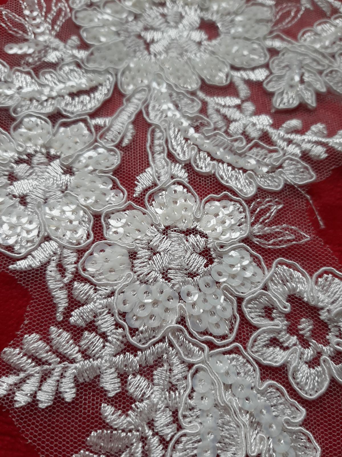 Čipka-krásny dekor na šaty, závoj - Obrázok č. 3