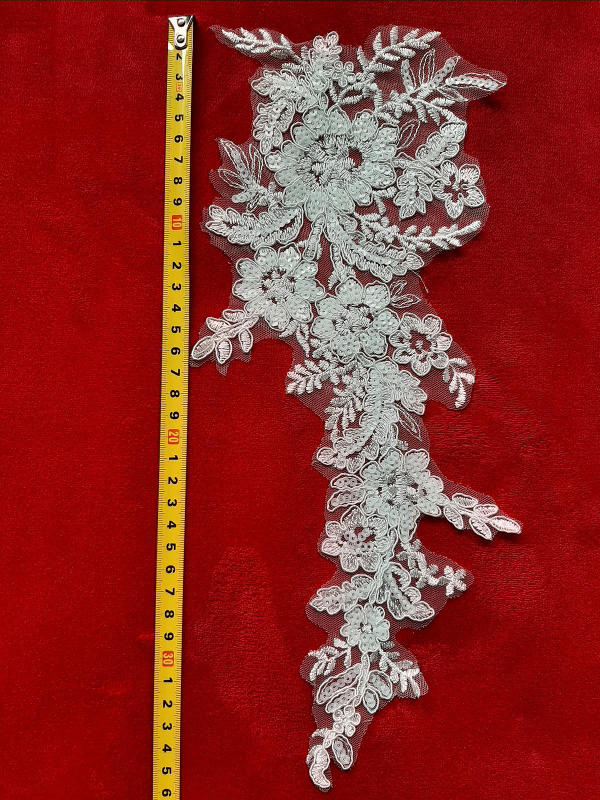 Čipka-krásny dekor na šaty, závoj - Obrázok č. 4