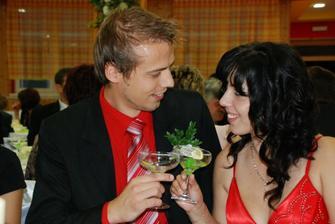moj bratranec robert so svojou nastavajacou Henrietkou... uz sa tesim na vasu svadbu