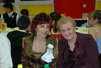 moja krsna mama s mojou babkou...