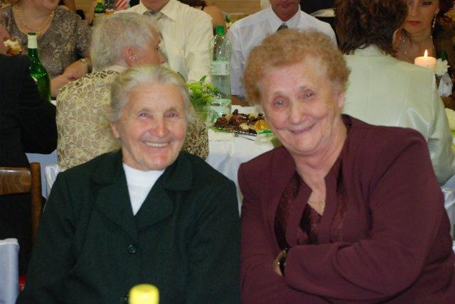 Miriama Spisakova{{_AND_}}Peter Mulik - moja babicka... s petovou babickou...